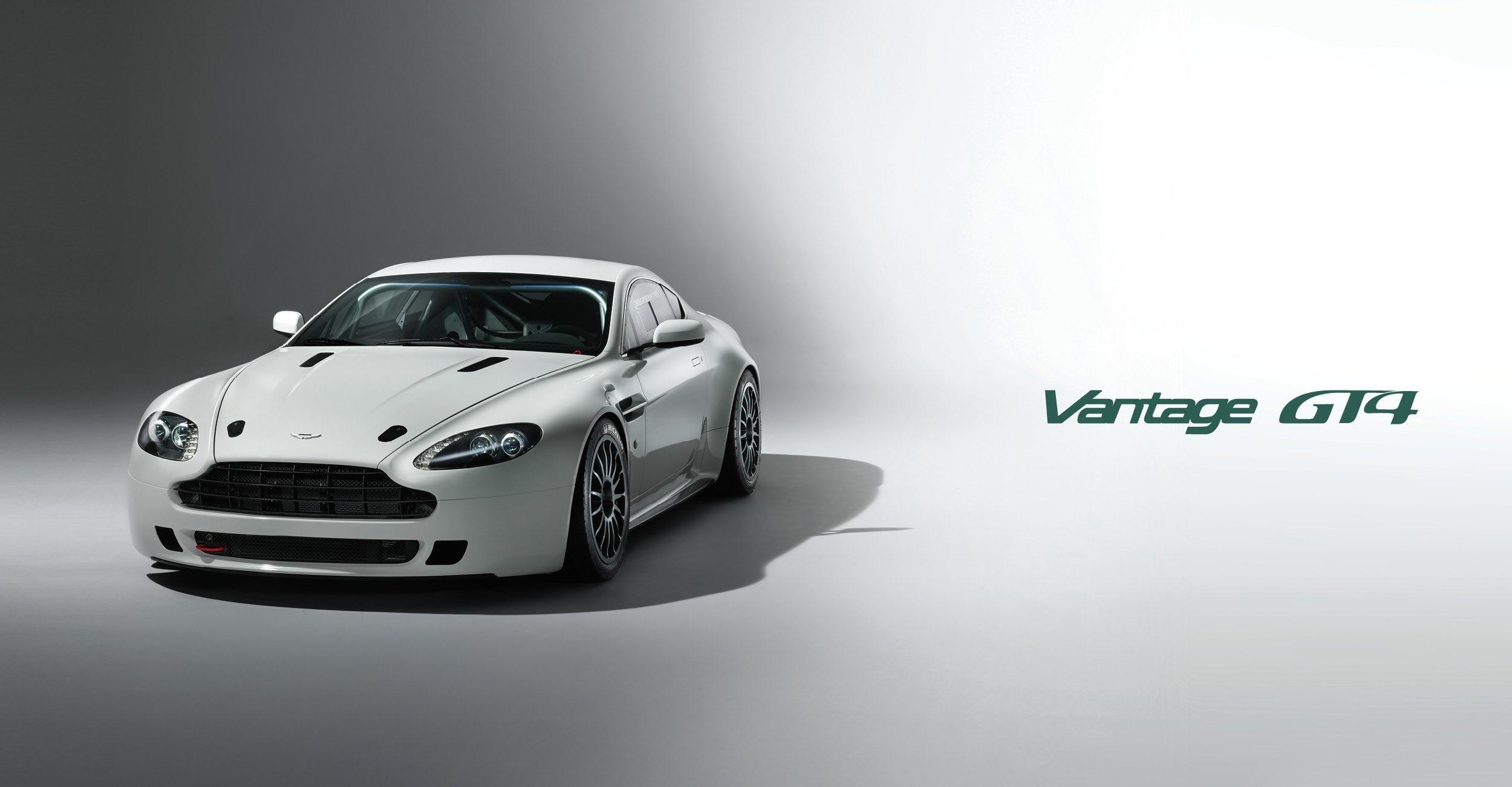 Aston_Martin2