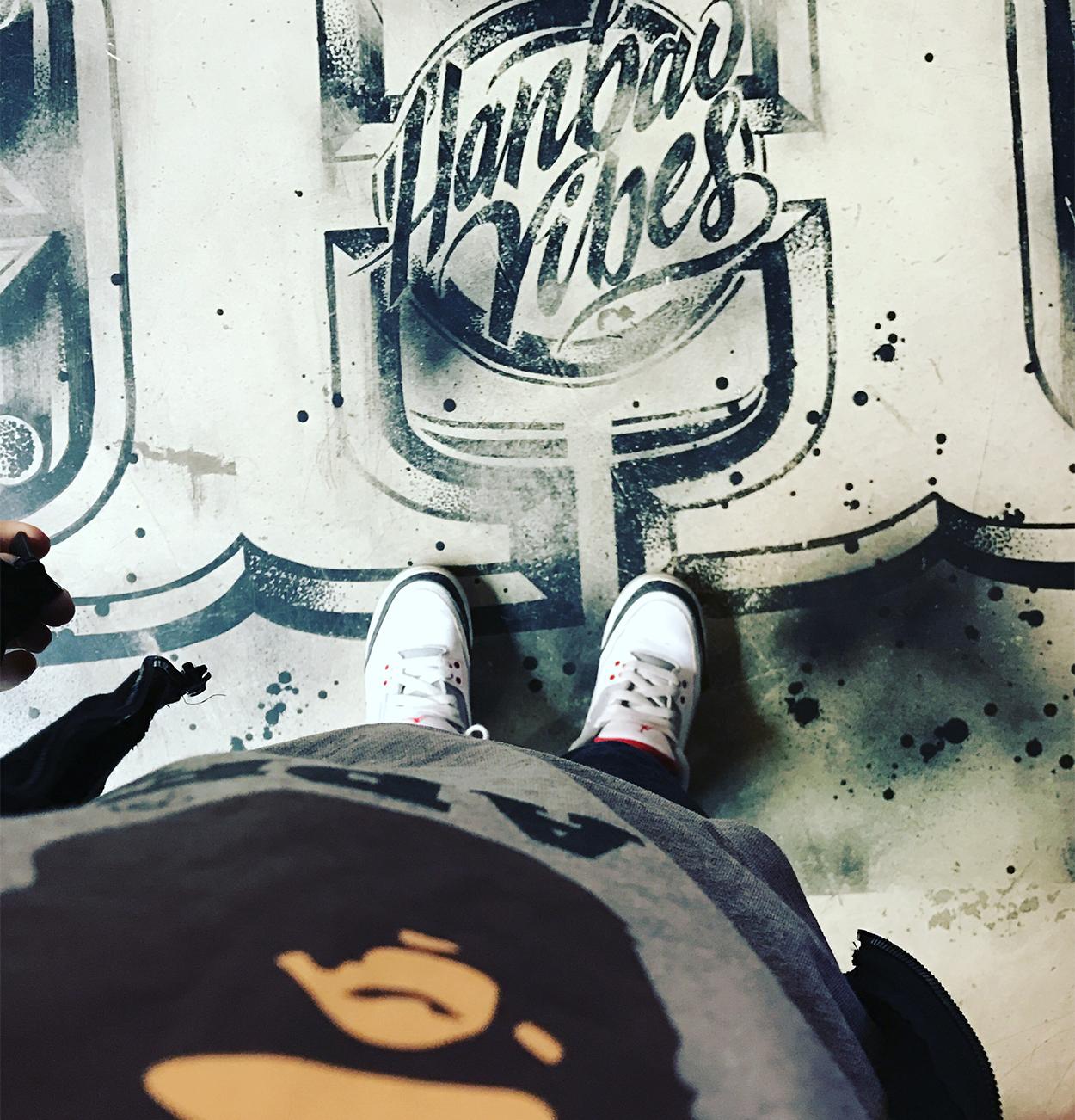 Hanbao Vibes - Graffiti Floor